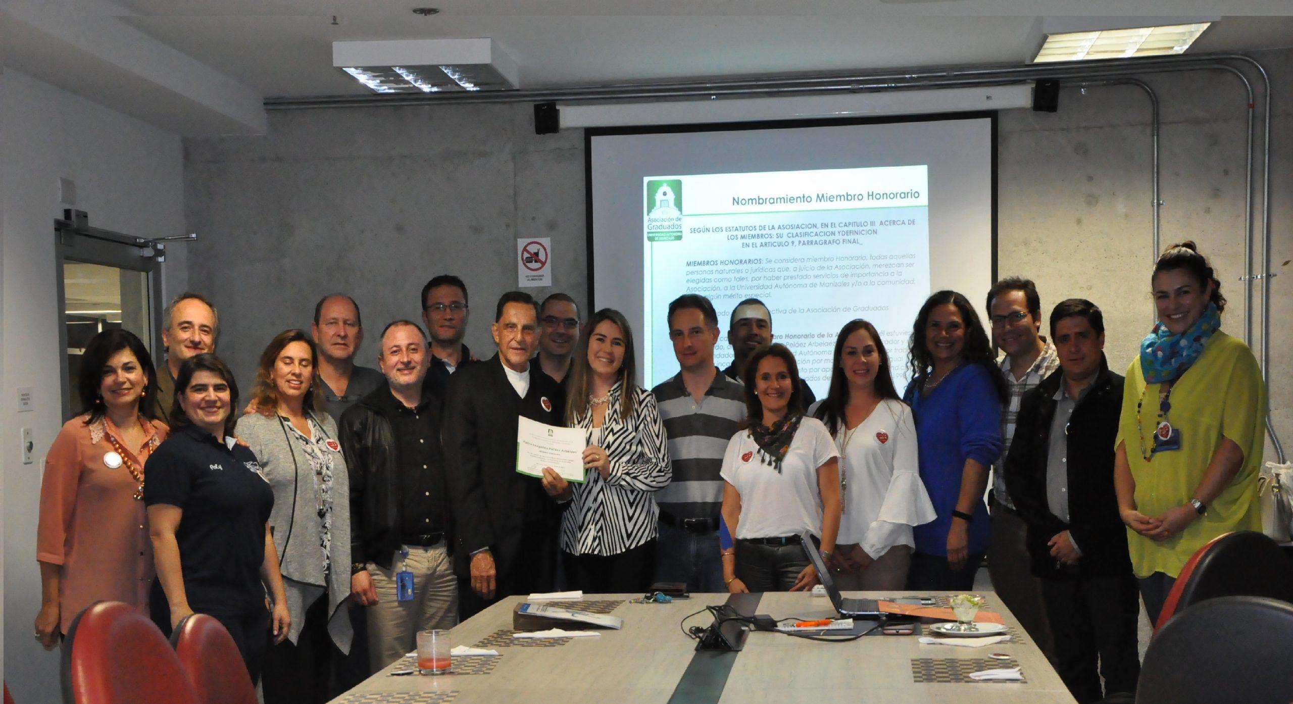 Lee más sobre el artículo La Asociación de Graduados – GradUAM rinde Homenaje  al Padre Leopoldo Peláez Arbeláez